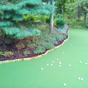 Golfa grīns pie mājas